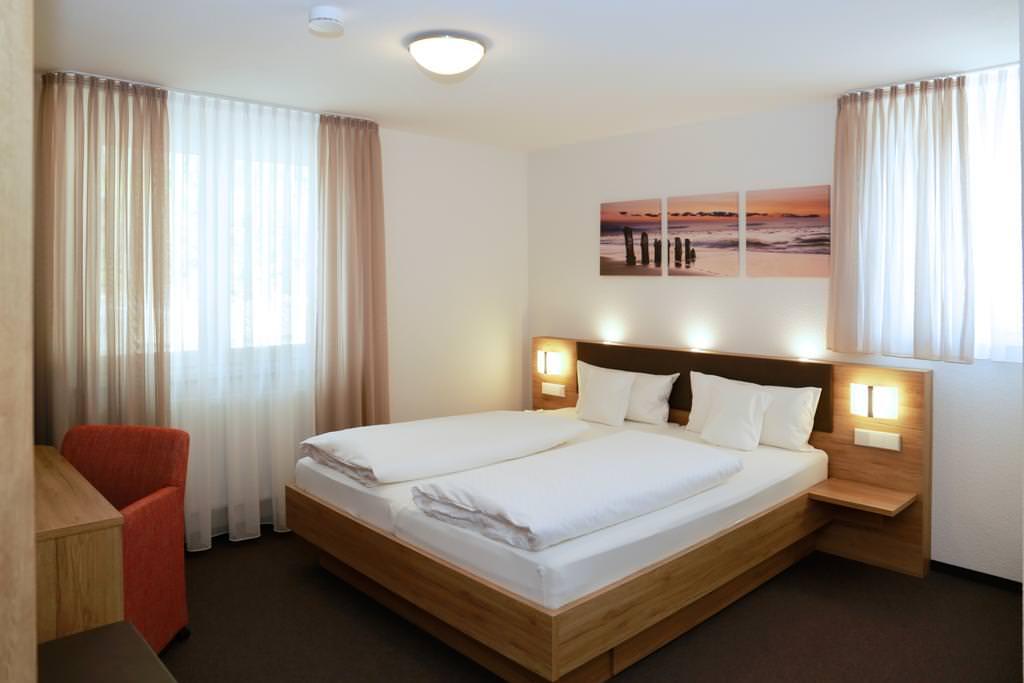 Hotel & Gasthof Zum Schützen, Hotel in Laupheim