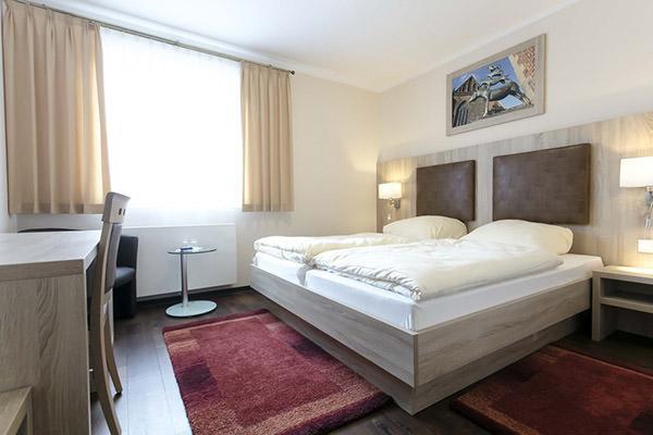 Stuhr-Brinkum: Hotel Zum Wiesengrund