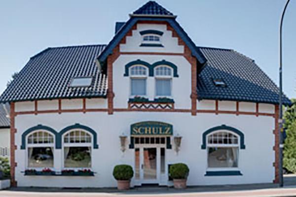 Achim-Uphusen: Hotel Schulz