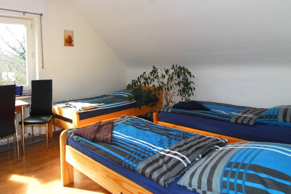 Ferienwohnung + Monteurwohnungen  Krings, Ferienwohnung in Eschweiler bei Wesseling