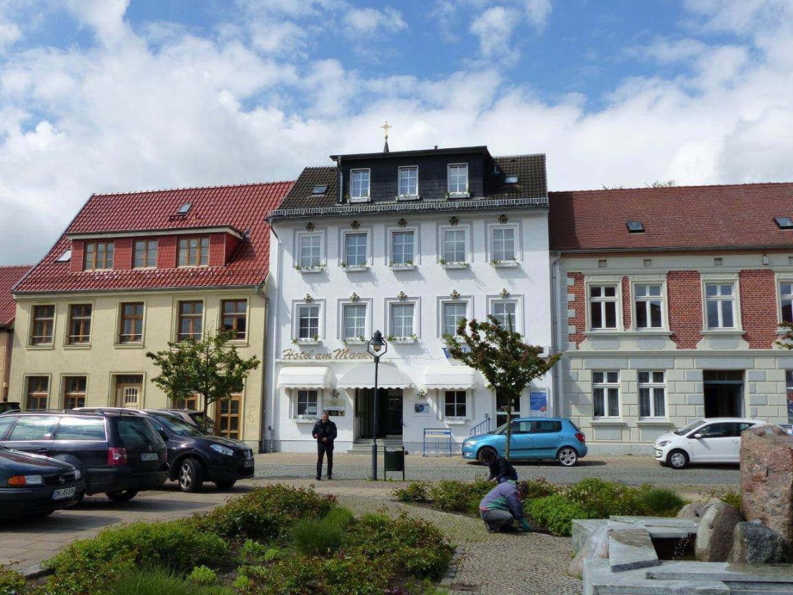 Pension Hotel am Markt, 17121 Loitz