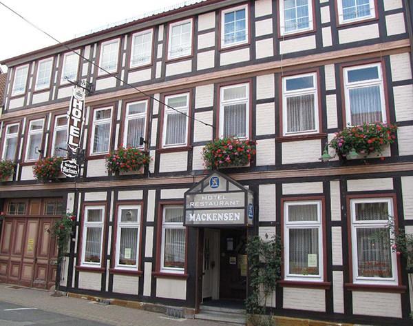 Mackensen, Pension in Bockenem bei Heere