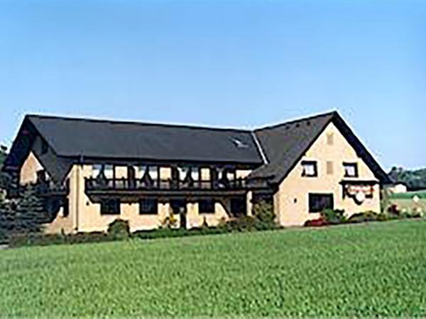 Preußisch Oldendorf-Gem. Bad Essen: Hotel Lindenhof