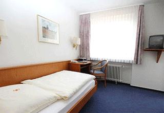 Hotel Garni Hotel Am Steinberg, 31139 Hildesheim
