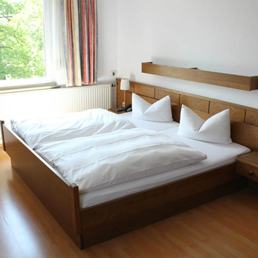Bielefeld: Hotel-Pension Zur Spitze