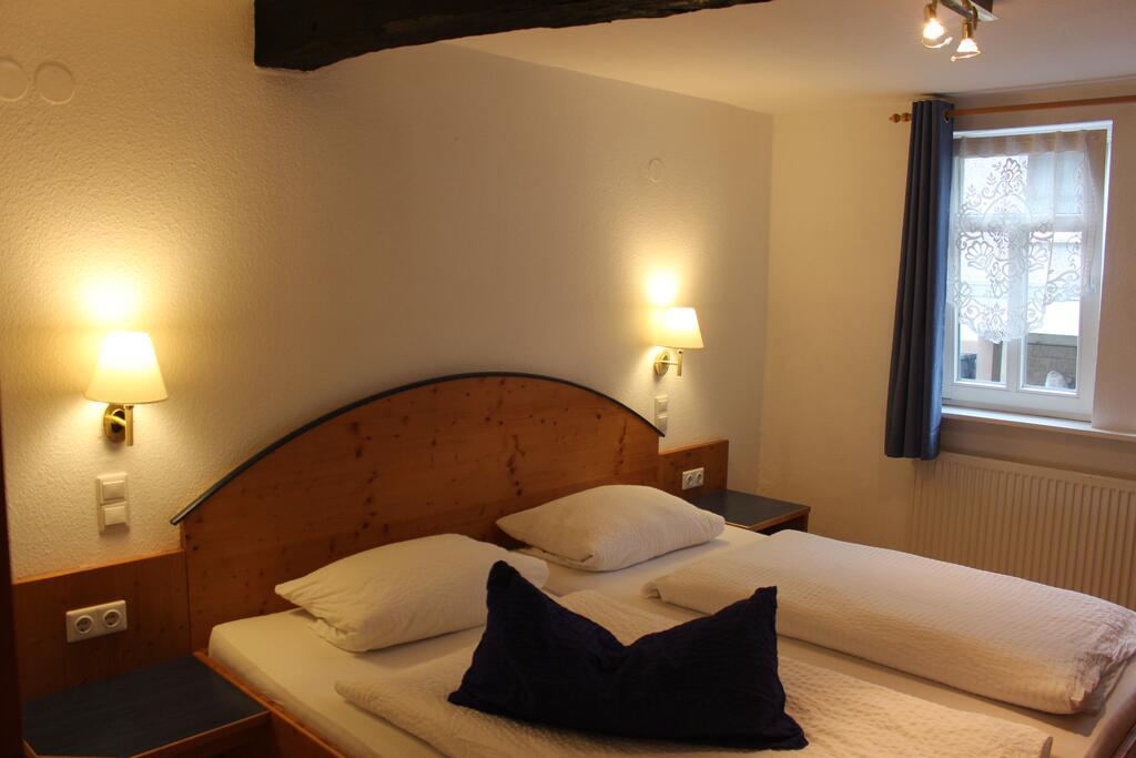 Schauenburg: Hotel-Gasthaus Kraft & Restaurant Eventscheune