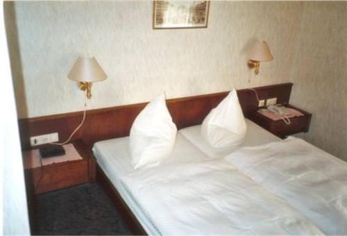 Rauschenberg: Hotel Schöne Aussicht