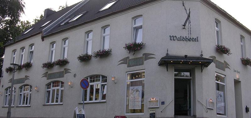 Waldhotel in 06120 Halle (Saale)