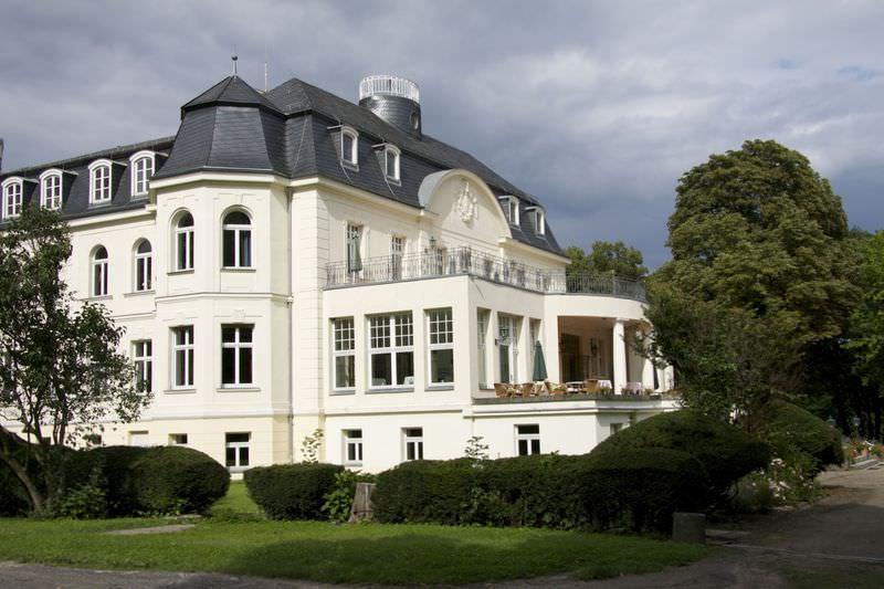 Hotel Garni Schloß Teutschenthal in 06179 Teutschenthal