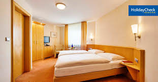 Neuhof: Hotel & Gasthof Schmitt