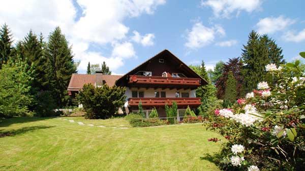 Hotel Pension Tannenhof, Hotel in Clausthal-Zellerfeld-Buntenbock bei Pöhlde