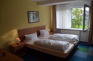 & Restaurant Johnel, Pension in Hennef bei Siegburg