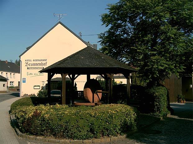 Irsch: Pension & Gasthaus Brunnenhof