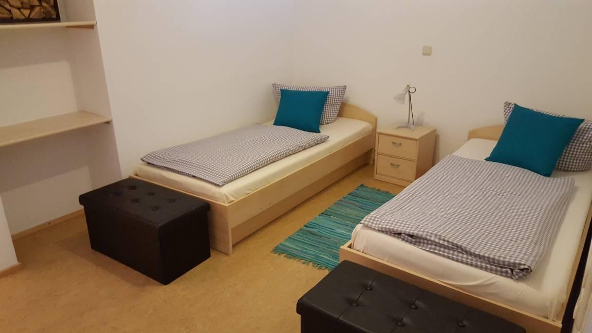 Appartement-Ferienwohnungen Hofer , Dachau Monteurwohnungen,, Appartement in Erdweg bei Deisenhofen