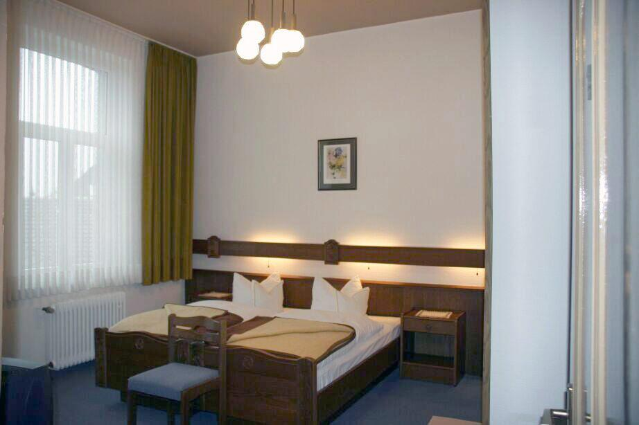 Hotel Garni Kölner Hof, Hotel in Wesseling bei Porz