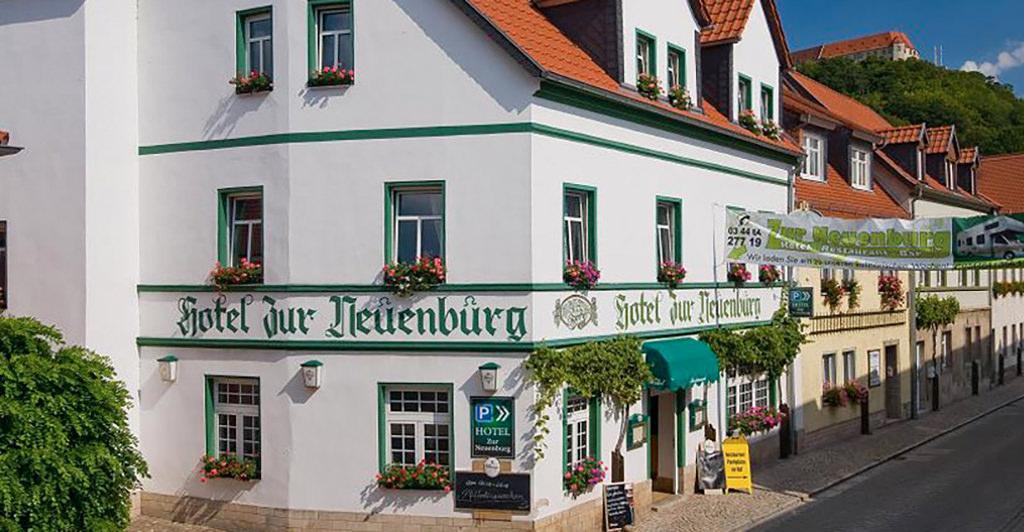 Hotel Zur Neuenburg in 06632 Freyburg