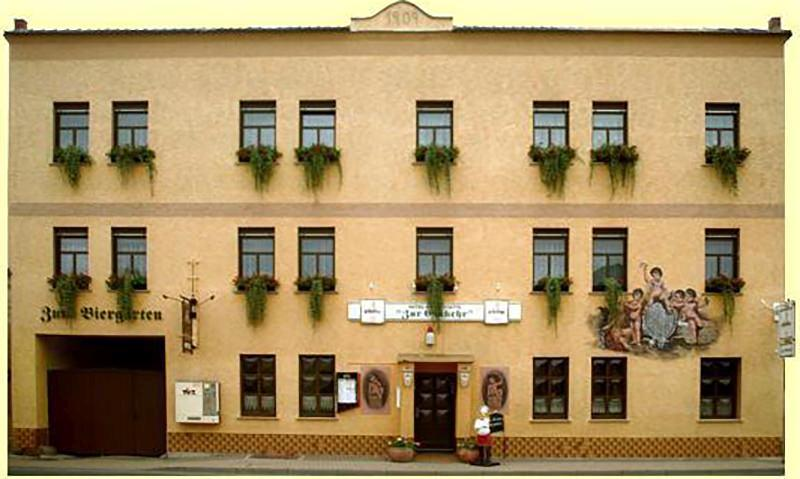 Gleina: Hotel