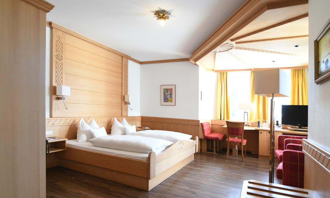 Kulmain: Hotel & Restaurant Wiesend