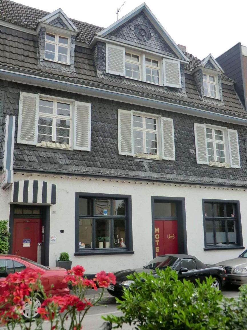 Hotel Garni Haus Langen Duisburg Alt Homberg 133
