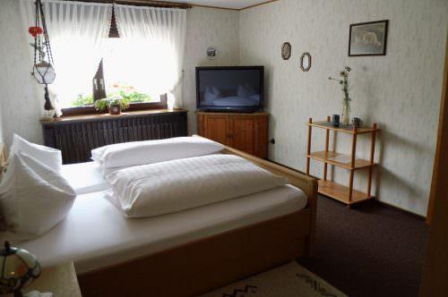 Hotel & Restaurant Lindenstuben, Hotel in Steinheim-Bergheim bei Aachen