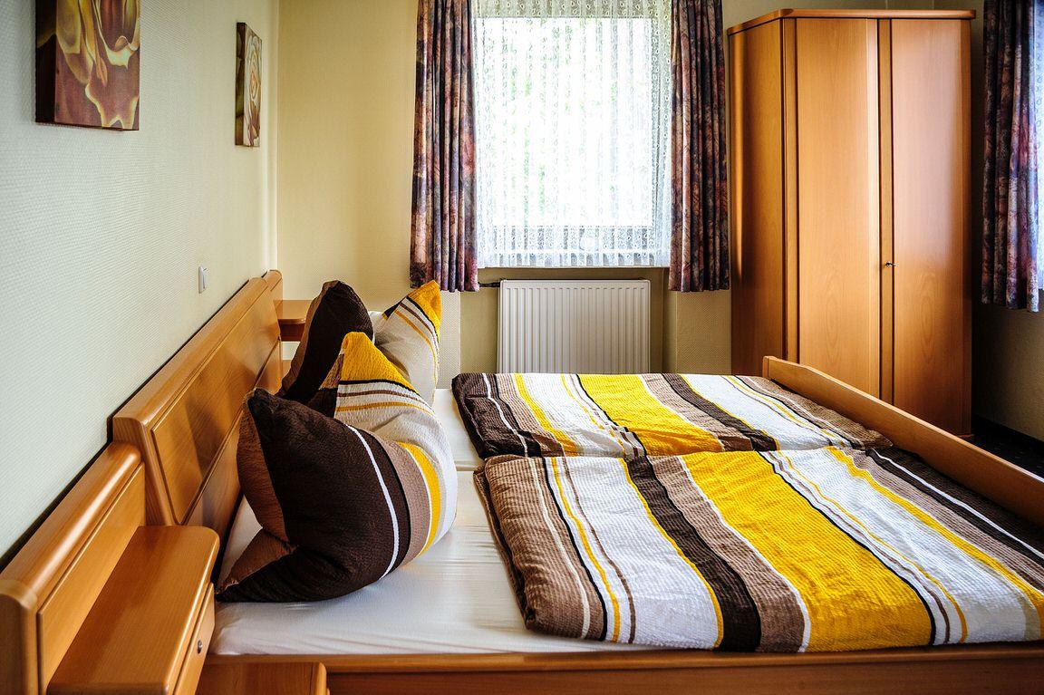 & Restaurant Haus Decker, Pension in Bergheim bei Grevenbroich