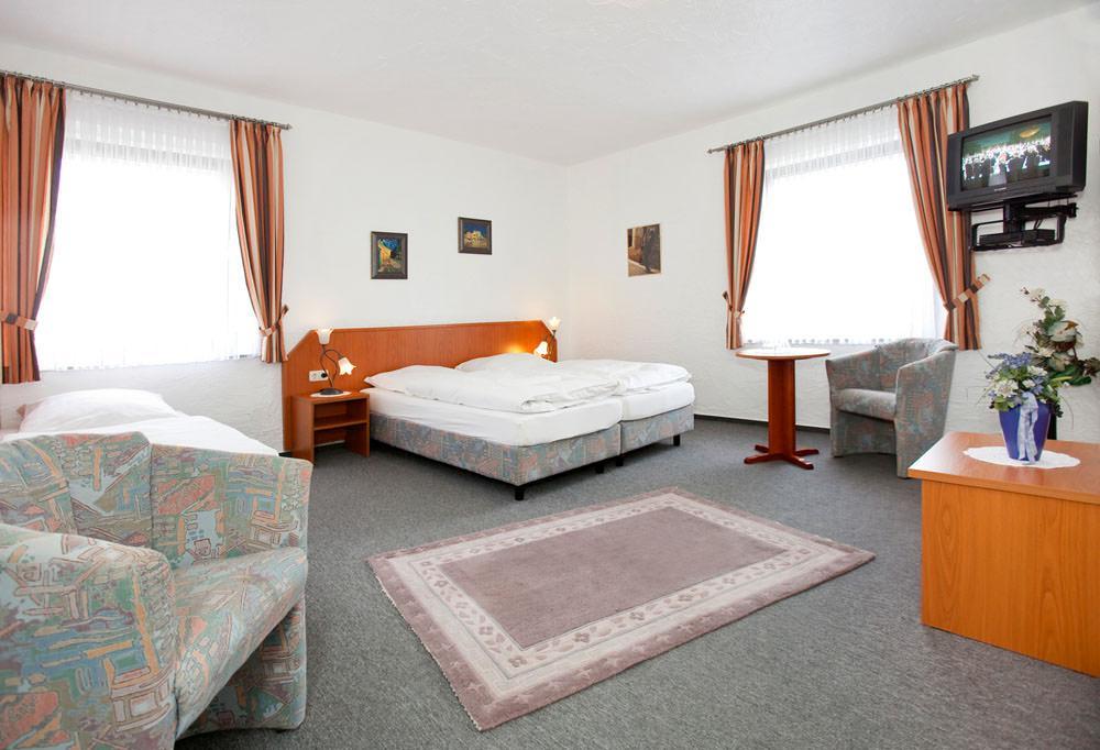 Hotel & Restaurant Schützenhof, Hotel in Langerwehe bei Aachen