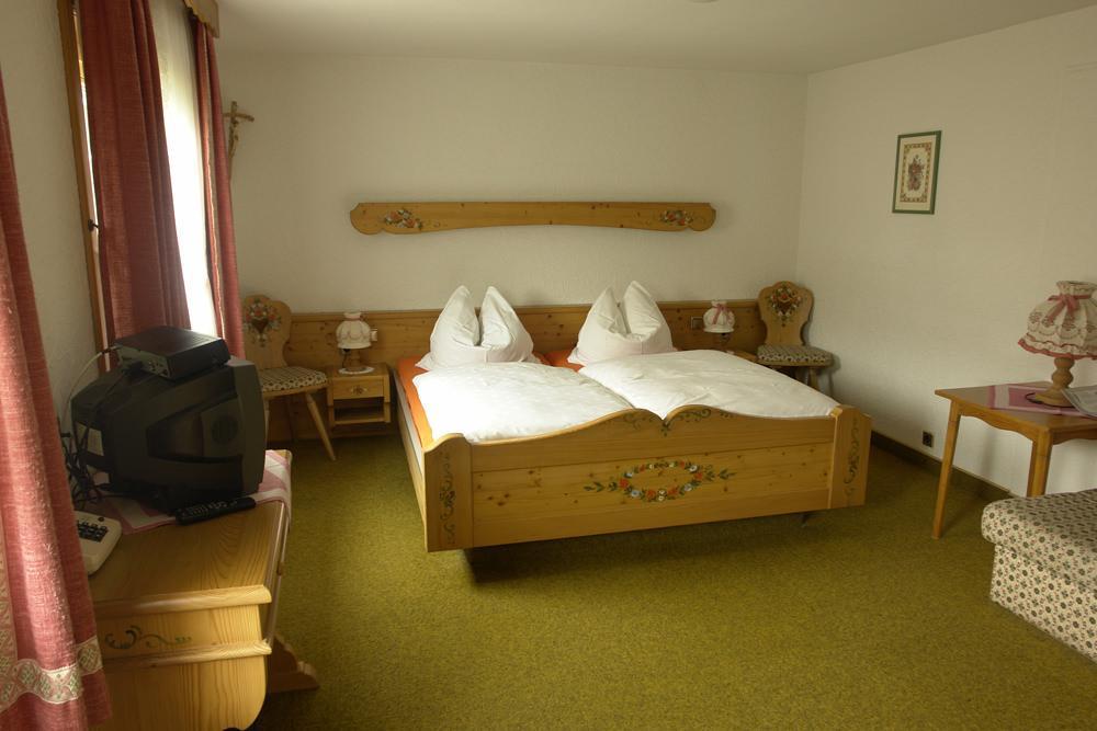 Hotel & Restaurant Schmidter Bauernstube, Hotel in Nideggen bei Aachen