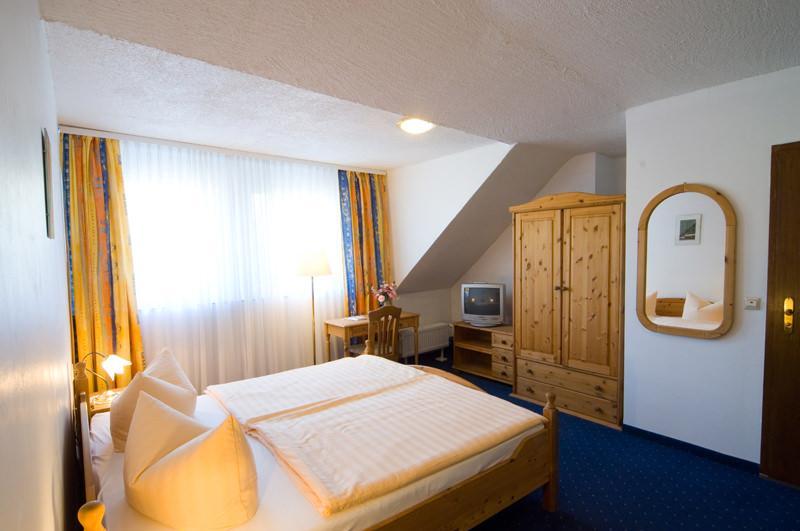 Bad Neuenahr-Ahrweiler: Land-Gut-Hotel-Restaurant Zum Sänger an der Ahr