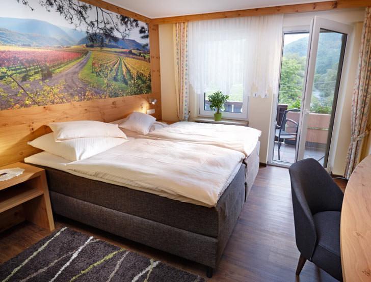 Hotel & Pension-Restaurant Jägerstübchen in 53508 Mayschoß