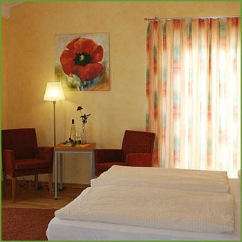 Pension & Restaurant Linden's, Monteurzimmer in Ayl bei Trier