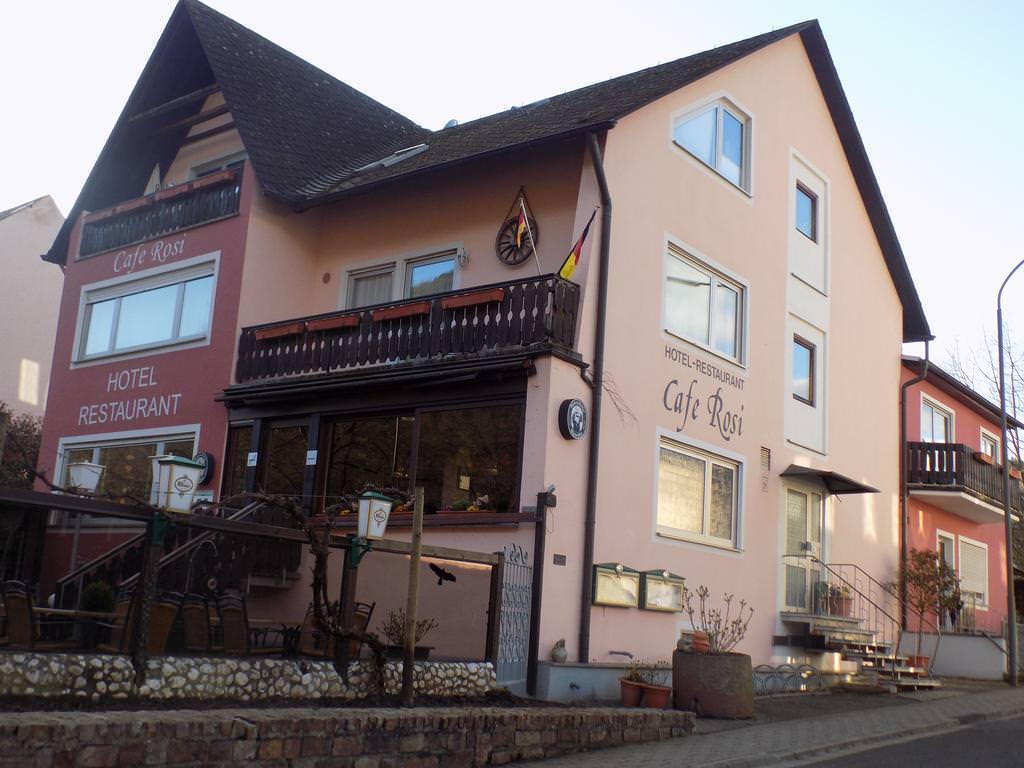 Bernkastel-Kues: Hotel & Restaurant Café Rosi
