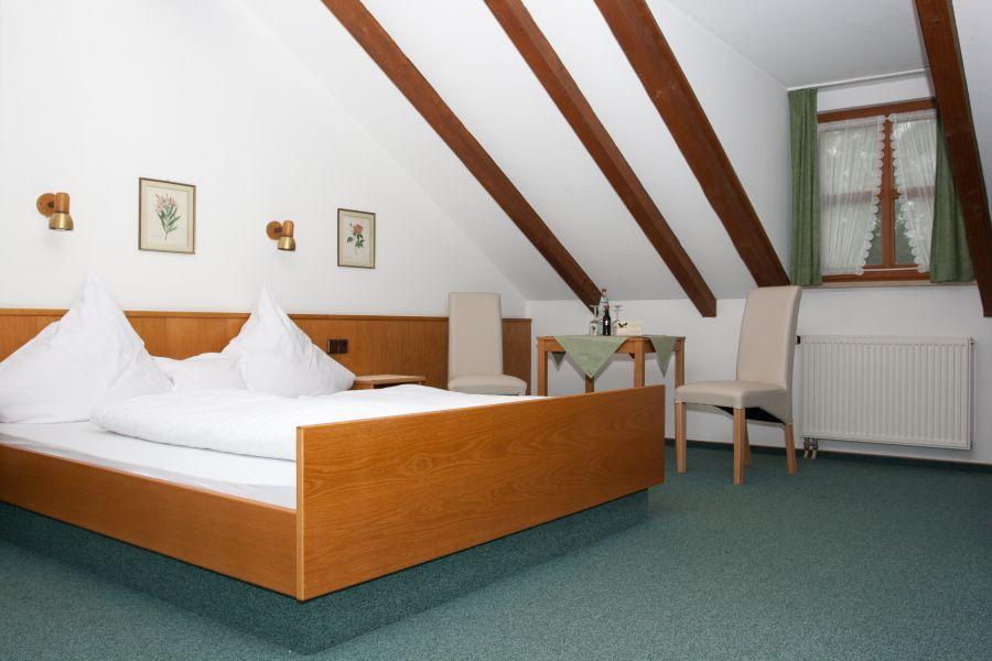 Kipfenberg: Hotel zum Raben