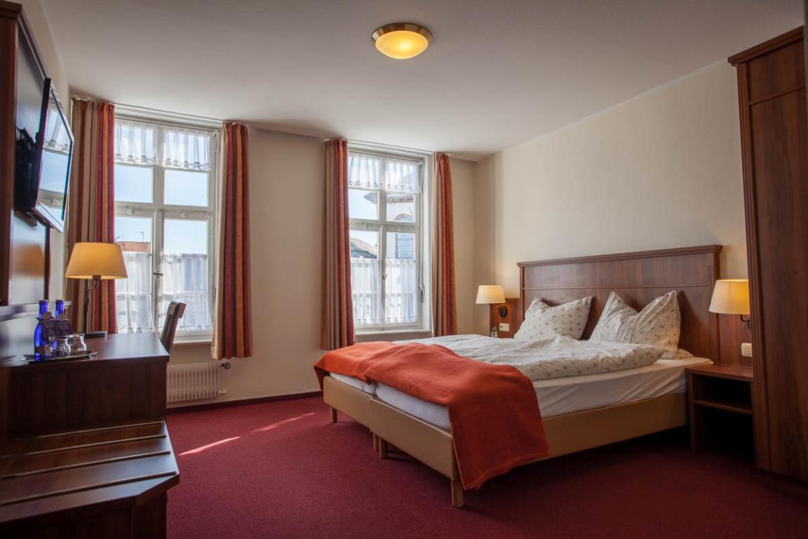 Seligenstadt: Hotel & Restaurant Zum Riesen
