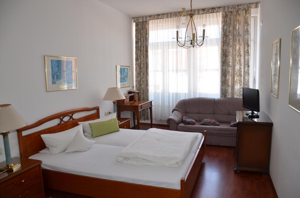 Goldbach: Hotel Masell