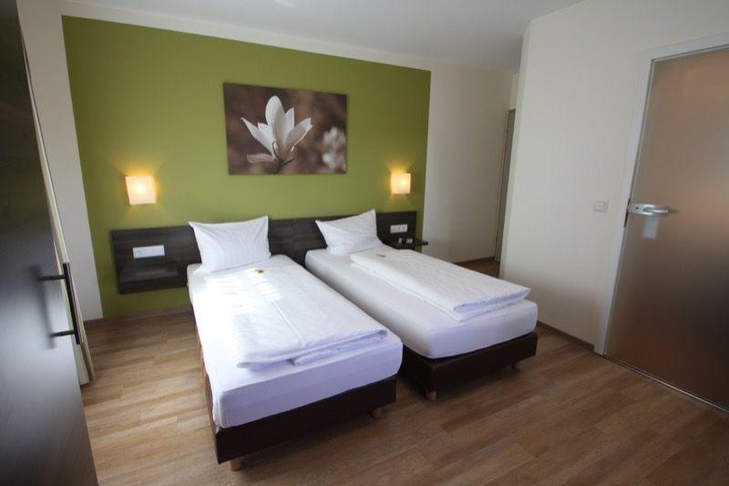 Kleinostheim: Hotel & Gasthof Weißes Roß