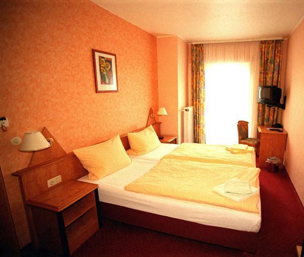 Hotel Zum Adler, Hotel in Gensingen