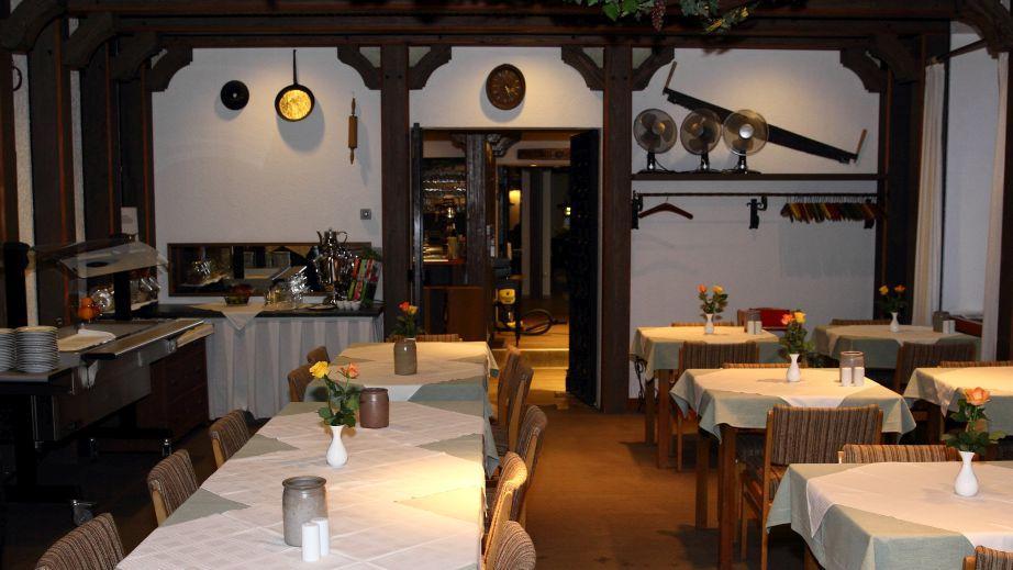 Hotel Grüner Baum, Hotel in Bretzenheim bei Traisen