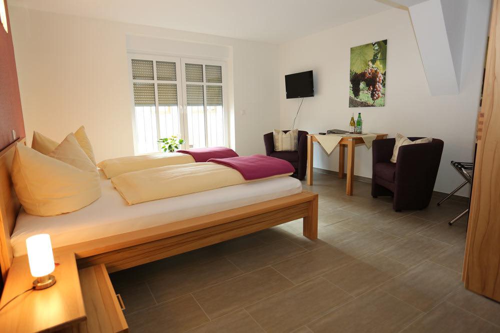 Gästehaus-Weingut Funck-Schowalter, Pension in Waldböckelheim