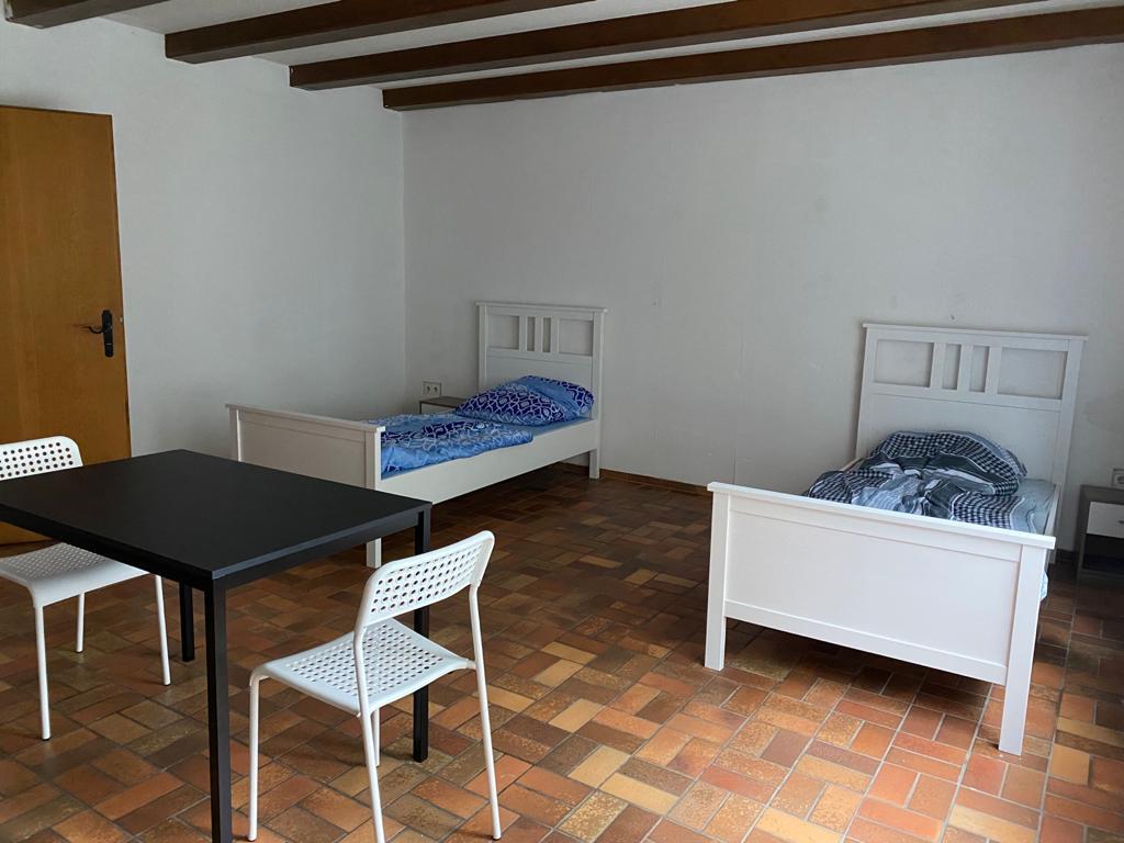 Schlafplatz BREHM - Monteurzimmer Burgkirchen, Pension in Burgkirchen bei Feichten an der Alz
