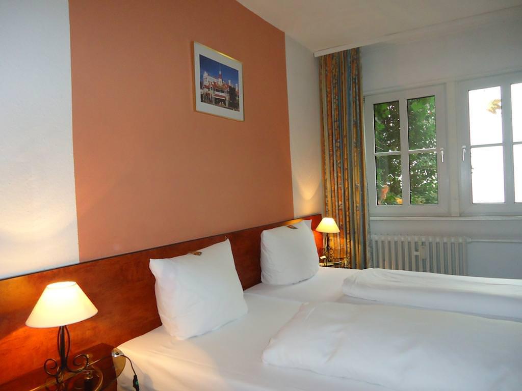 Mainz: Hotel Burgstuben