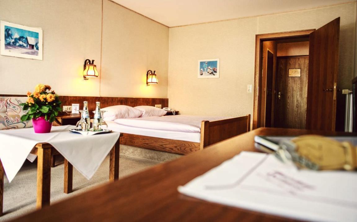 Schmallenberg: Hotel & Restaurant-Cafe Gasthof Heimes