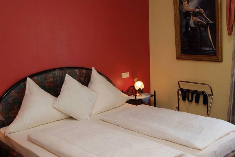 Wissen: Hotel & Restaurant Nassauer Hof