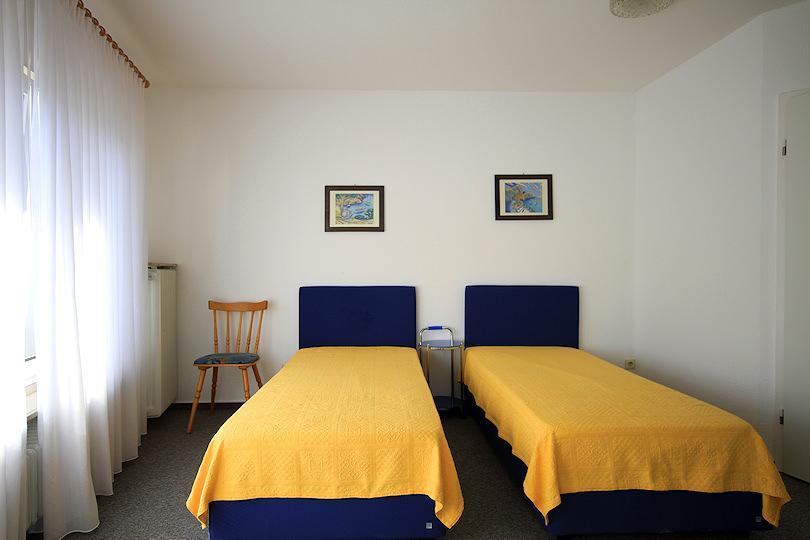 Hotel Garni Café & Pension Henrich in 61389 Schmitten