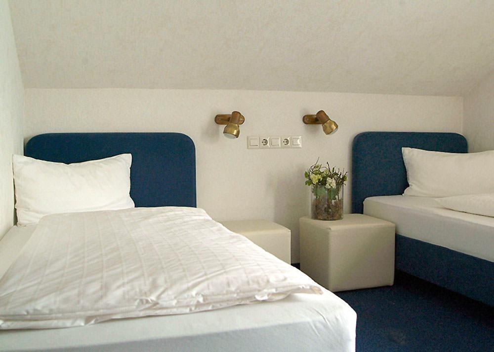 Rodgau: Hotel Garni Heller