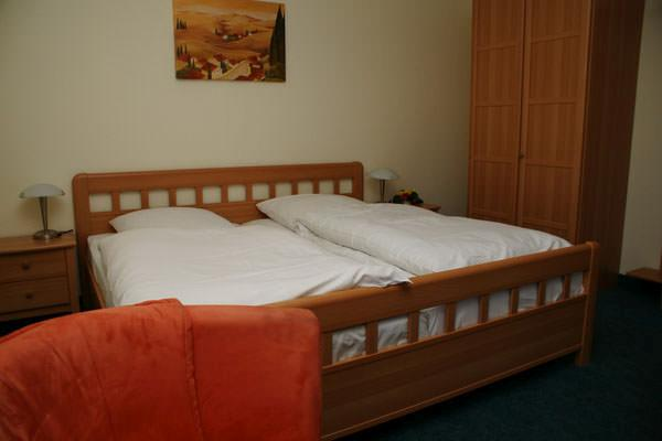Hotel Garni Maingau in 63179 Obertshausen