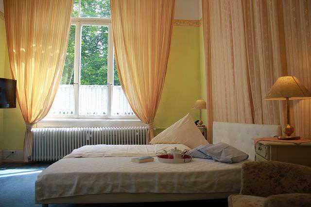 Darmstadt-Eberstadt: Hotel Garni Waldfriede
