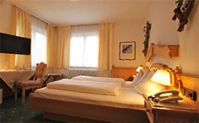 Grasellenbach: Hotel Landgasthof Dorflinde