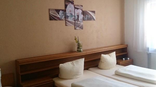 Oberzent-Gammelsbach: Hotel Gasthof Zur Krone