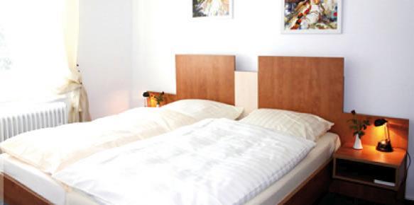 Wiesbaden-Biebrich: Hotel Garni Meuser