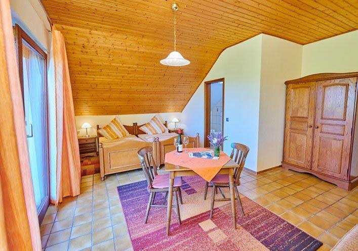 Gästehaus-Weingut Schäferhof, Monteurzimmer in Oestrich-Winkel bei Gensingen
